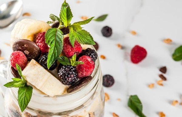ארוחת בוקר בריאה, מזינה ומשביעה שמוכנה תוך דקה אחת