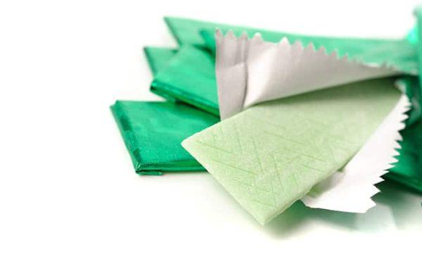 מסטיק, מכיל רכיבים נפוצים שגרועים יותר מטבק ללעיסה